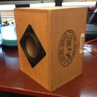 oscuro-the-cigar-box-speakers-2