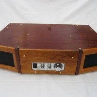 sound-wave-guide-table-radio-2