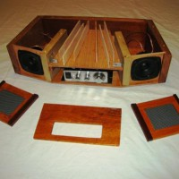 sound-wave-guide-table-radio-8