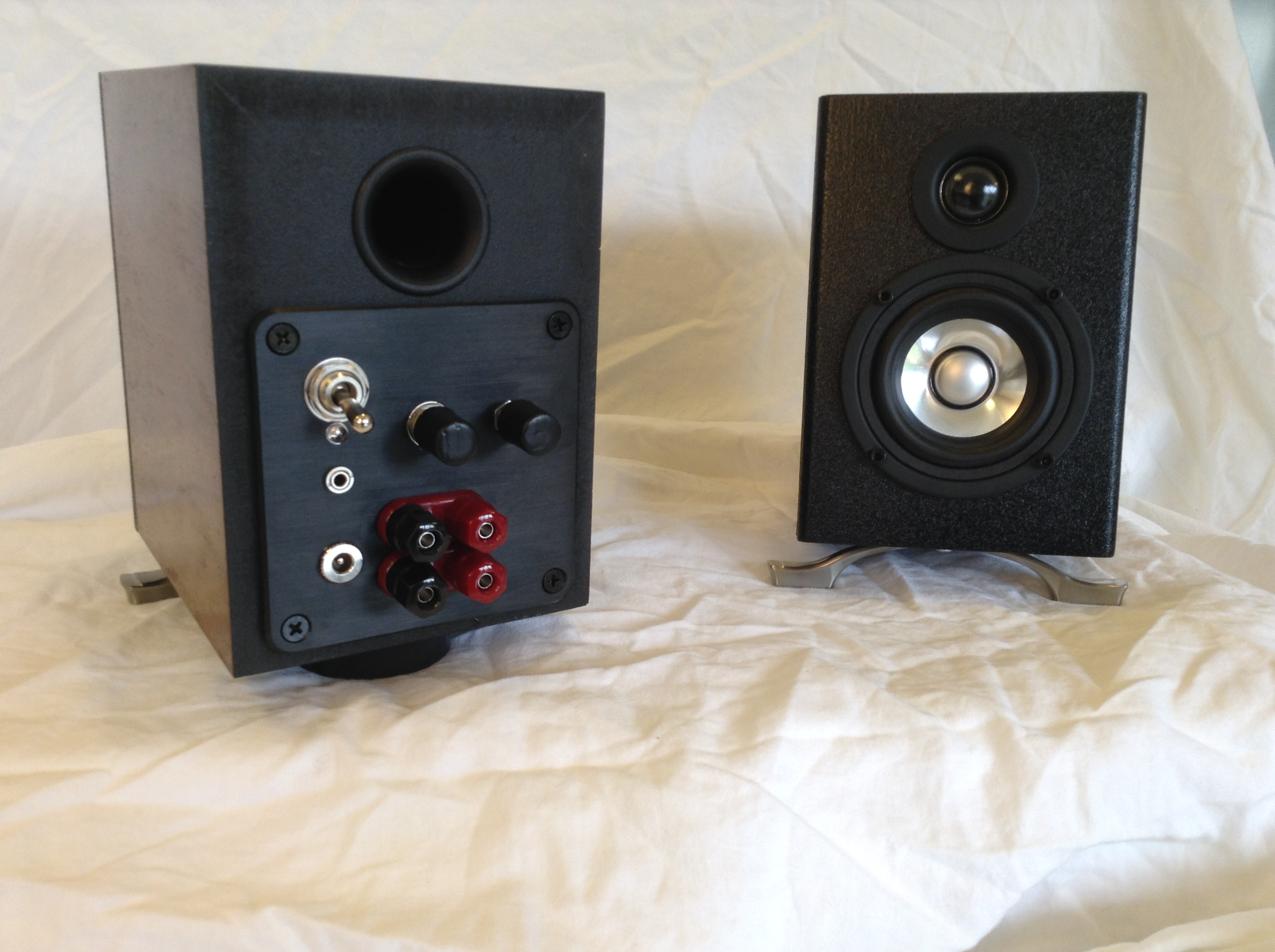 """Micro-B"" 2.1 Plate Amplifier 