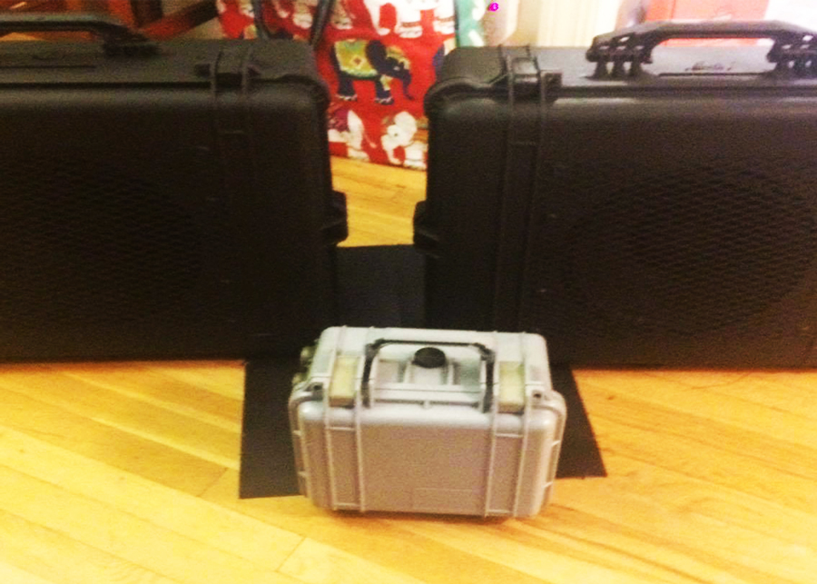 300w stereo indestructible 12in pelican case speakers
