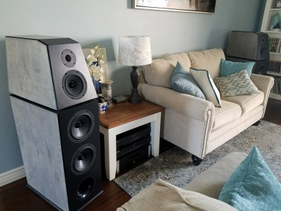 DM-4 Active Reference Series Speaker